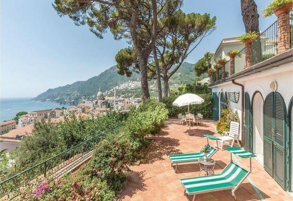 7d87712dbfb9 Ville in affitto in Vietri Sul Mare. Case vacanze in Italia ...