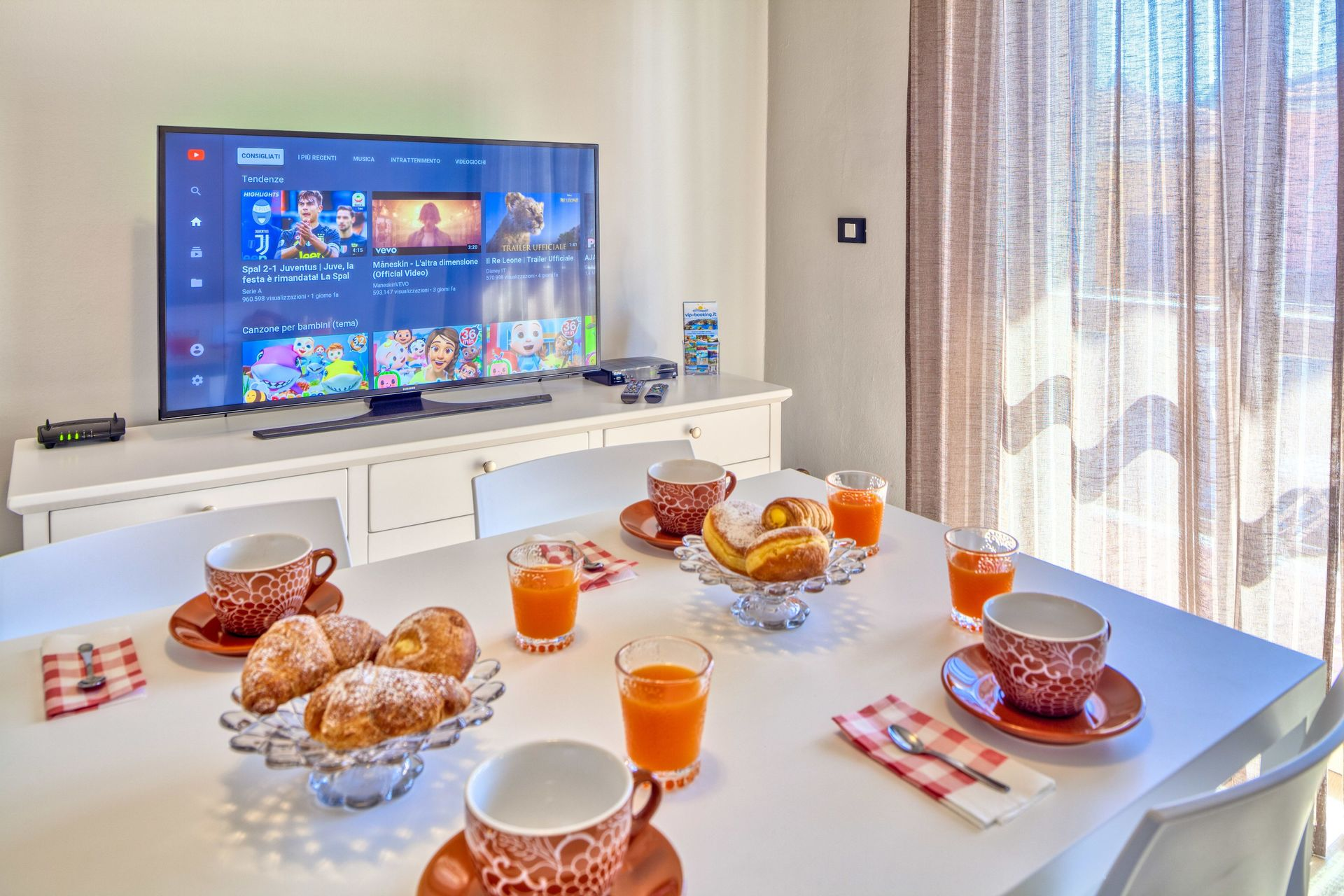 Camere Da Letto Trailer.Stella Apartments Diano Marina Casa Vacanze Con 10 Posti Letto